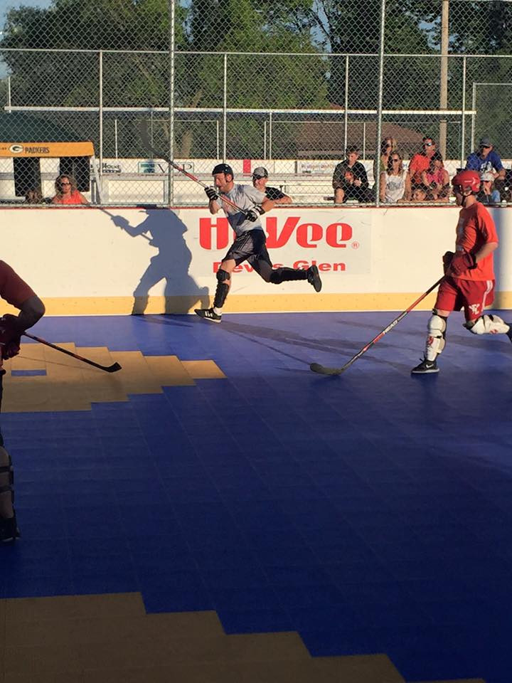 Pictures - Waterloo Dek Hockey